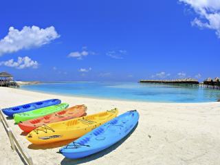 обои Пристань лодок в тропическом раю фото
