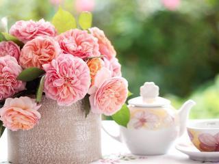 обои для рабочего стола: Натюрморт - Яркий букет и горячий чай