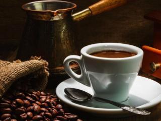 обои Чёрный кофе в белой чашке фото