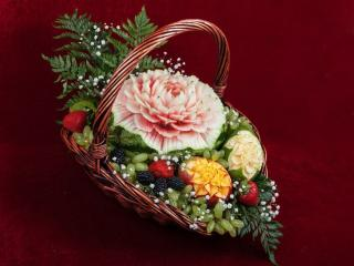 обои Натюрморт - Корзина с ягодами и фруктами фото