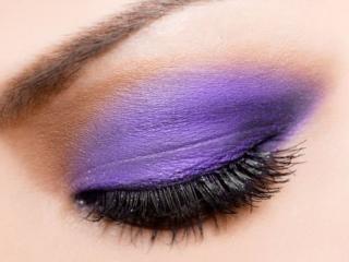 обои Макияж глаза - Пурпурный макияж век фото