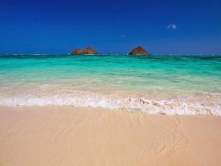 обои Море и холмы фото
