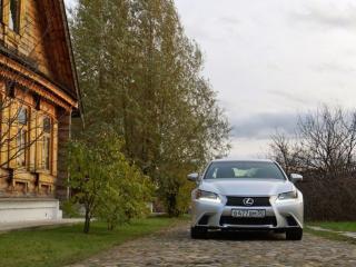 обои Белый Lexus GS фото