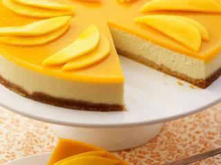 обои Медовый тортик на блюде фото