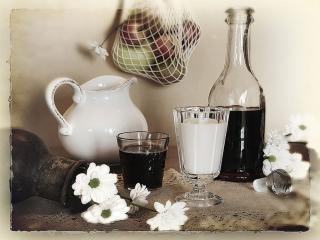 обои Натюрморт - Молоко,   вино,   цветы и яблоки фото