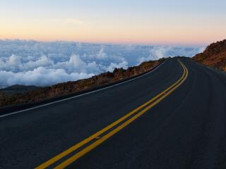 обои Горная дорога над облаками фото