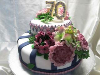 обои Юбилейный тортик фото