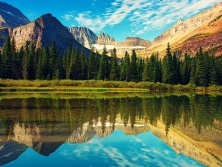 обои Зеркальное отражение горы в озере фото