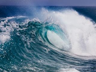 обои Бушующий морской вал фото