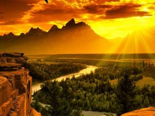 обои Золотой восход над извилистой рекой фото