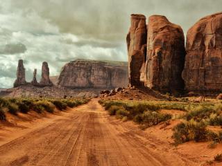 обои для рабочего стола: Дорога к каньону