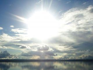 обои Ослепительное солнце фото