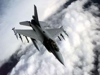 обои Главной особенностью F-16 стала интегральная аэродинамическая компановка фото