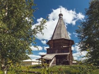 обои Церковь Дмитрия Солунского в селе Верхняя Уфтюга фото