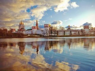 обои Солнечный Новодевичий монастырь фото