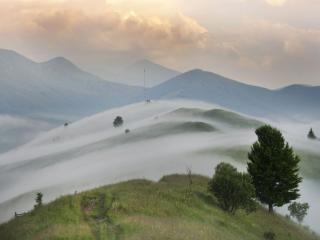 обои Туман в горах фото