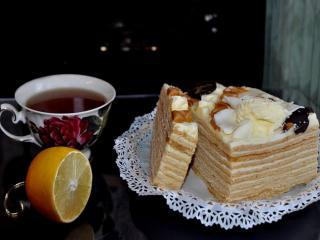 обои Чай с тортиком фото