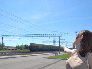 обои Подожди меня,  поезд фото