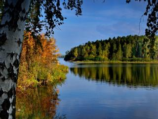 обои Осеннее утро на озере фото