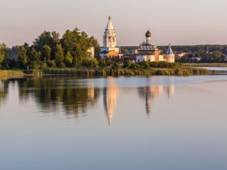 обои Ворсма,   Островоезерский Троицкий монастырь фото