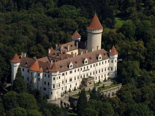 обои для рабочего стола: Замок Конопиште. Чехия