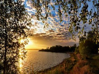 обои Сентябрьское утро на озере фото