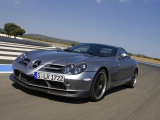 обои На дороге Mercedes-Benz SLR 722 01 фото