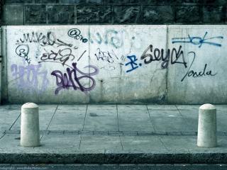 обои Граффити на бетонной стене фото
