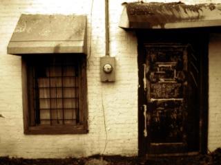 обои Дверь и окно фото