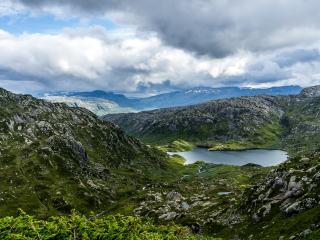 обои Горное озеро фото