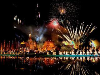 обои Лои Кратонг,   Фестиваль воды и света фото