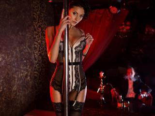 обои Ulia Androshuk у шеста в клубе фото