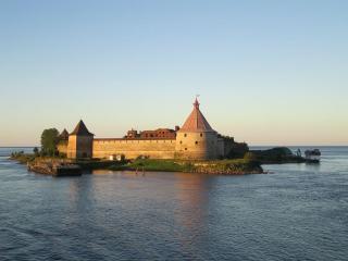 обои Крепость Орешек на Ладоге фото