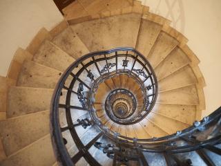 обои Спиральная лестница фото