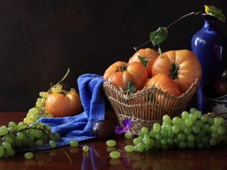 обои Помидоры с виноградом фото