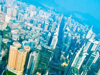 обои для рабочего стола: Большой город в легкой утренней дымке