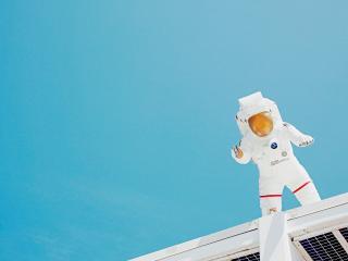обои для рабочего стола: Американский скафандр космонавта