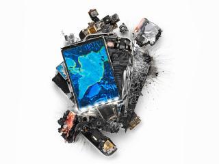 обои Разбитый молотком Айфон фото