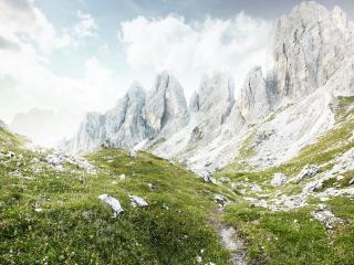 обои Ущелье в небо среди скал фото