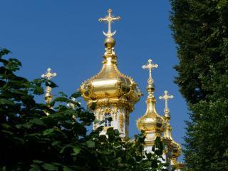 обои Купола в России кроют чистым золотом ,   чтобы чаще Господь замечал (В. Высоцкий) фото