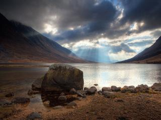 обои Горы,   озеро,   лучи фото