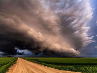 обои Грозные облака фото