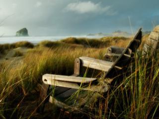 обои Скамейки на берегу холодного моря фото