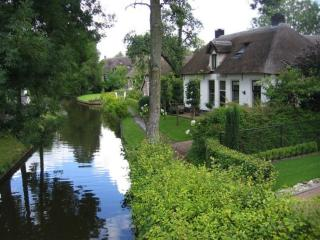 обои для рабочего стола: Голландская деревня Гитхорн