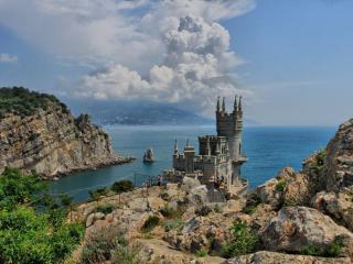 обои для рабочего стола: Замок в Крыму