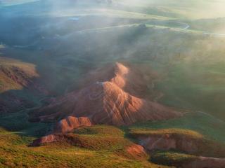 обои для рабочего стола: Красные скалы Большого Богдо. Астраханская область