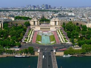 обои для рабочего стола: Вид Парижа с Эйфелевой башни