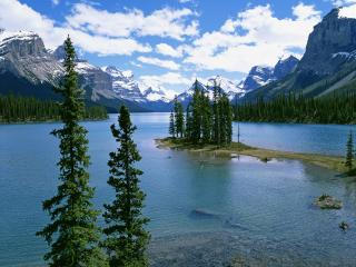 обои Spirit Island, Lake Maligne, Alberta, Canada фото
