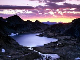 обои Sunrise Over Upper Ice Lake Basin, Washington фото