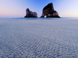обои Archway Islands, Wharariki Beach, New Zealand фото